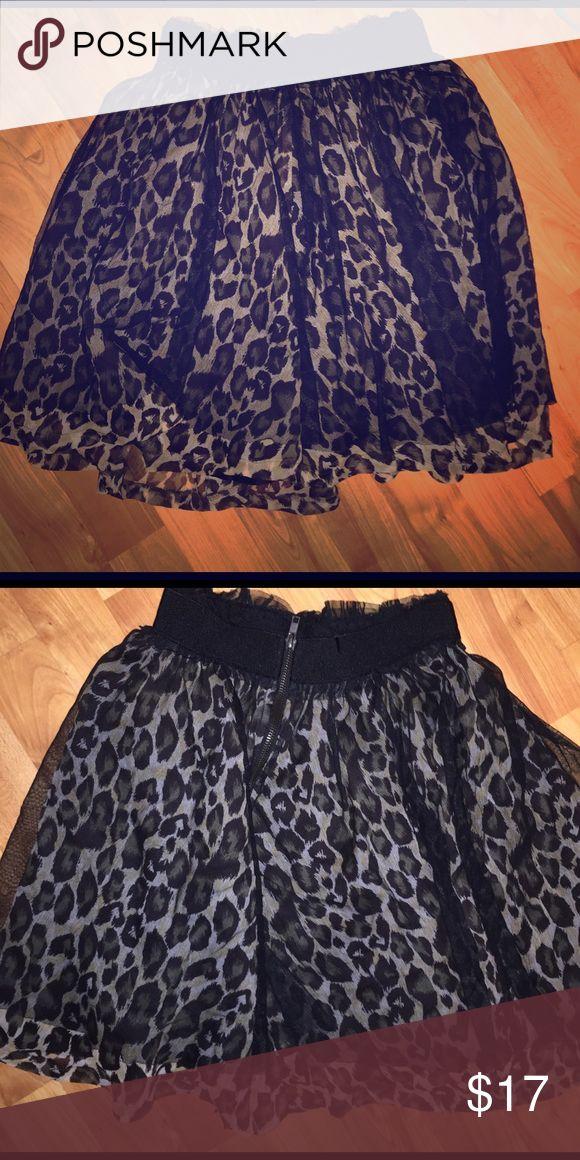 Cheetah skirt Cheetah skirt no flaws super cute ❤ Forever 21 Skirts Mini