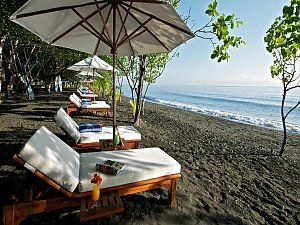 Yoga Retreat auf Bali. Matahari Beach Resort & Spa.