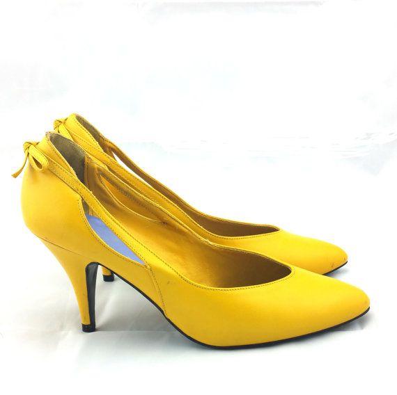 FLINGS Vintage Yellow Pumps  Banana Yellow High by MaxonsAttic