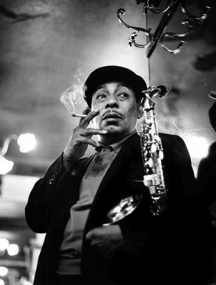 Johnny Hodges, exceptional singer