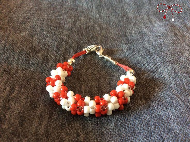 Brăţară din mărgele Toho albe şi roşii, cu accesorii argintii. bijuterii.micky@gmail.com
