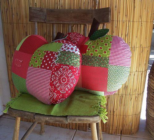 maçãs da série almofadas...