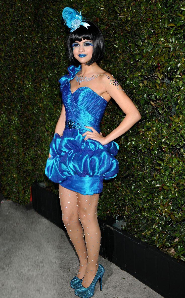 The Kaja Moon Crystal Sparkling Eye ... - celebrity-hub.com