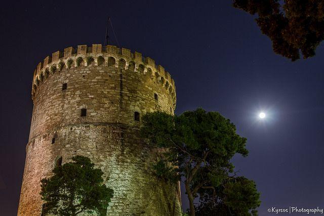 ● Night shot of the White Tower. ● Θεσσαλονίκη, νυχτερινή λήψη του Λευκού Πύργου ● #thessaloniki #greece #macedonia #white #tower #solun #salonique #selanik #Θεσσαλονικη #ελλαδα #λευκος #πυργος #μακεδονια #medieval