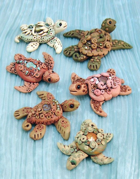 Christi Friesen's Book 3 Under the Sea.  Sea turtles for month three challenge for the #FriesenProject on http://katersacres.com -- Clay art by Laurie Grassel