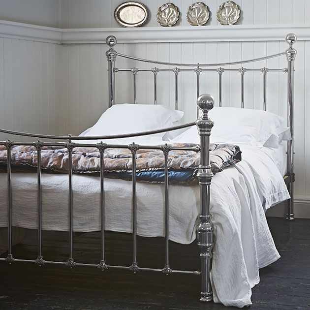 1000+ Ideas About Victorian Bed On Pinterest