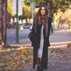 H Coat, Missguided Dress, Office Boots, Folkster Cardigan