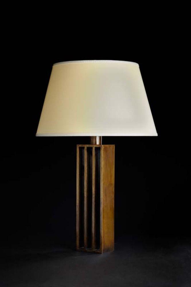 Marvelous Lampe ucCalandre ud en bronze patine m daille par Jacques Quinet uc