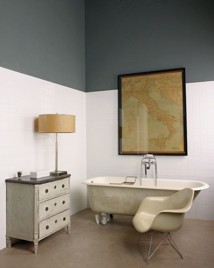 1000 ideas about two tone walls on pinterest two tone paint tea cup display and dado rail for Two tone bathroom accessories