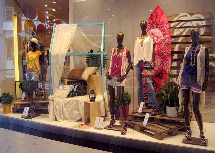 "Visual merchandising | REVIEW window display, ""bohemianbeach"" style made with Tímea Czombos:)"