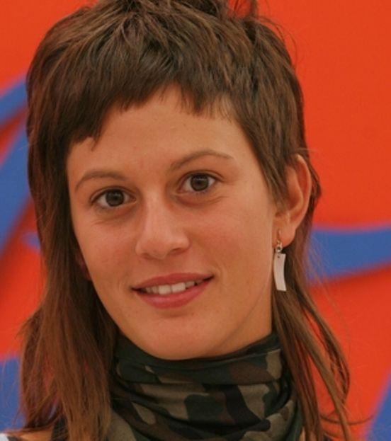 Ricordate Alessia Orlandi di Amici? Con i suoi capelli sbarazzini e la sua simpatia fece breccia nel cuore dei telespettatori. Ma che fine ha fatto? Ecco com'è diventata (che trasformazione)