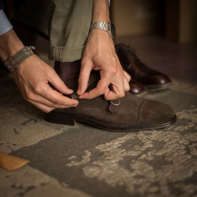 """""""Intelligence is the ability to adapt to change."""" Stephen Hawking  Innamoràa, our #doublemonks in brown #suede leather available online at www.velasca.com. Link in profile to #shop.  #velascamilano #madeinitaly #shoes #shoesoftheday #shoesph #shoestagram #shoe #fashionable #mensfashion #menswear #gentlemen #mensshoes #shoegame #style #fashion #dapper #men #shoesforsale #shoesaddict #sprezzatura #dappermen #craftsmanship #handmade"""