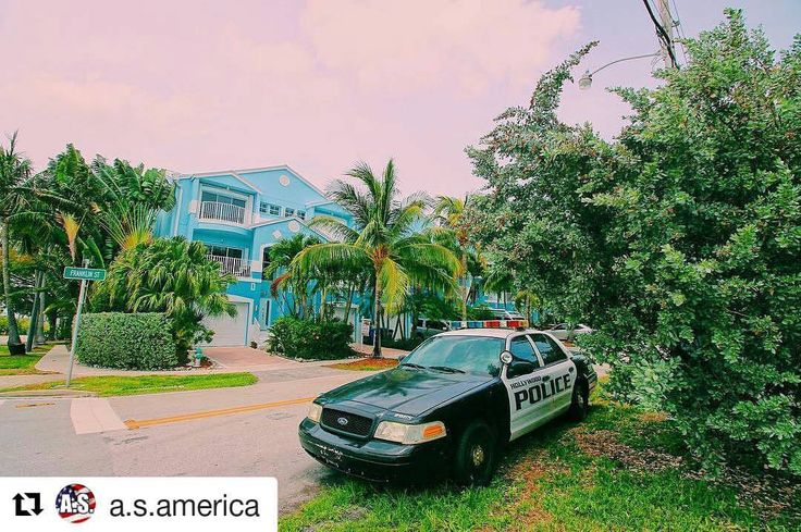 Credit to #a.s.america  ・・・ Hollywood, Florida. Голливуд, Флорида (не Калифорния). . . #майами #флорида #коп #полиция #policecar  #miami  #sunnydays  #сша #америка ☀ ☀ ☀ #HollywoodTapFL #HollywoodFL #HollywoodBeach #DowntownHollywood #Miami #FortLauderdale #FtLauderdale #Dania #Davie #DaniaBeach #Aventura #Hallandale #HallandaleBeach #PembrokePines #Miramar #CooperCity #Plantation #SunnyIsles #MiamiGardens #NorthMiamiBeach #Broward (at Hollywood, Florida)