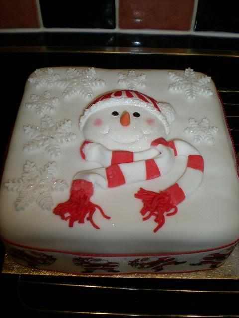 "square 6"" xmas cakes snowman/snowflakes by elgolcake, via Flickr"
