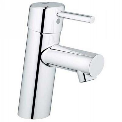 The Art Gallery Grohe Single Lever Handle Lavatory Centerset Faucet In Polished Chrome is made by the brand