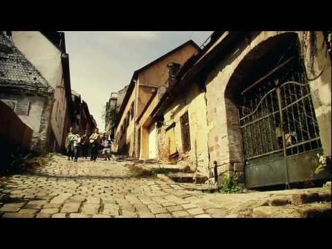 Anselmo Crew feat. Che Sudaka - one band from Hungary the other from Spain