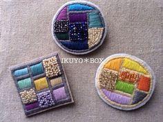 刺繍ブローチ 【シカク】
