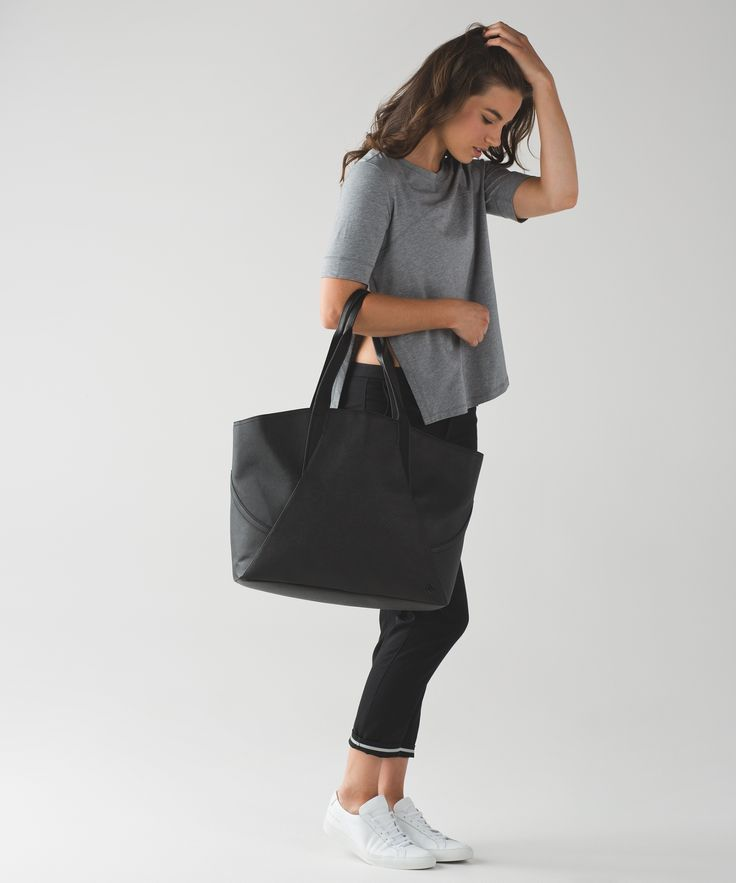 all day tote   women's yoga and running bags   lululemon athletica