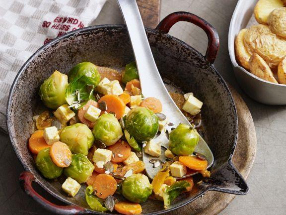 Rosenkohlgemüse mit Käse und Aprikosen ist ein Rezept mit frischen Zutaten aus der Kategorie Steinobst. Probieren Sie dieses und weitere Rezepte von EAT SMARTER!