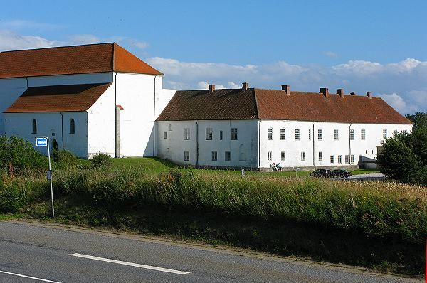 Børglum Kloster, tidligere kongsgård og  præmonstratenserkloster, nu sædegård (herregård)