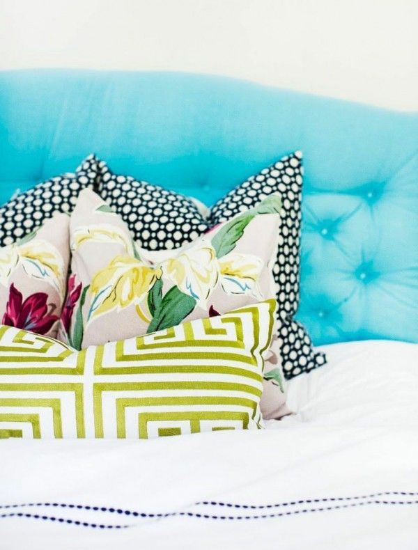 Bright bedding | theglitterguide.com