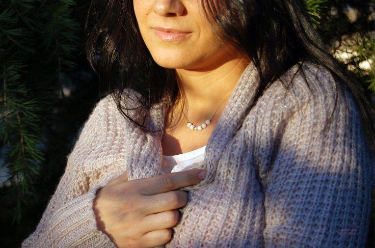 #Gargantilla en tono #blancos y azules hielo. #necklaces #bisuteria #joyas #collares #gargantillas #swarovski