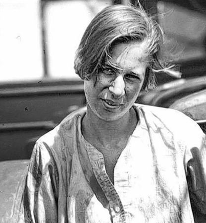 Clärenore Stinnes (1901-1990), first german female travelling around the world by car