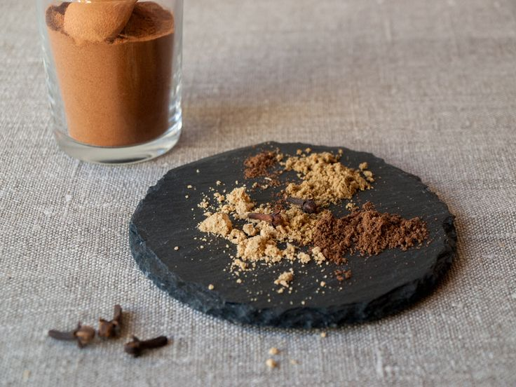 Selbstgemachtes Lebkuchengewürz, glutenfrei, foodstyling, freiknuspern - Rezepte für Allergiker