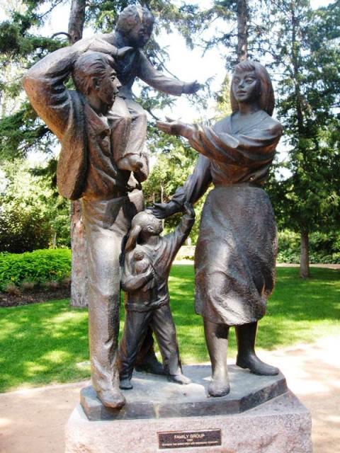Art in the Park - Leo Mol Sculpture Garden, Assiniboine Park, Winnipeg