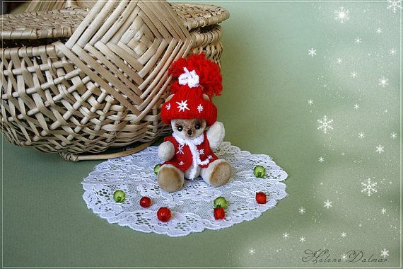 OOAK Mini Artist Bear named Dreamy by AldanaBears on Etsy, $46.50