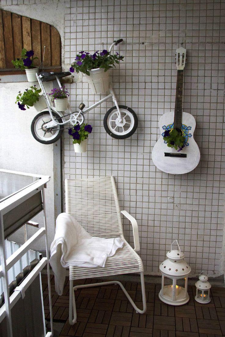 Подсвечники, вазы, кашпо из необычных материалов: оригинальные самодельные украшения для вашего дома