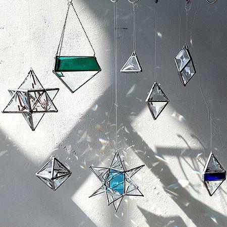 Hanging Plants (Green)_サンキャッチャー |rainbows worksのサンキャッチャー - Nonius(ノニス)/Design, Art, SAKKA, ZAKKA 大阪 弁天町にあるアート・デザインの雑貨のお店