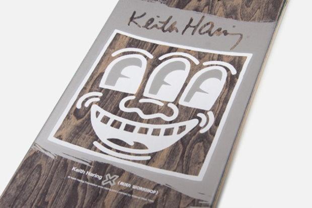Keith Haring x Alien Workshop Skateboard Deck Collection – 2nd Edition [Photos] - Για δεύτερη φορά το ίδρυμα Keith Haring συνεργάστηκε με το Alien Workshop, για να βάλουν τα σχέδια του αείμνηστου καλλιτέχνη σε μια σειρά από σανίδες skateboard.  More: http://hqm.gr/keith-haring-x-alien-workshop-skateboard-deck-collection-2nd-edition-photos