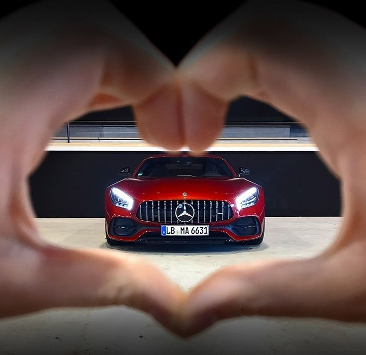 """81.3k aprecieri, 247 comentarii - Mercedes-AMG (@mercedesamg) pe Instagram: """"We know what's really in your heart.  Happy Valentine's Day from Mercedes-AMG! #MercedesAMG #AMG…"""""""
