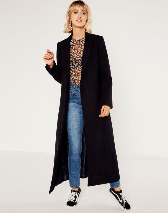 Shop and buy the latest in women's fashion and clothing online at Glassons.com. Check out this Wool Blend Long Coat - Up your style game with the Wool Blend Long Coat featuring wool blend, structured collar and pocket detailing.
