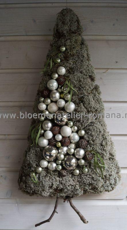Wandboompje met mos. kerst