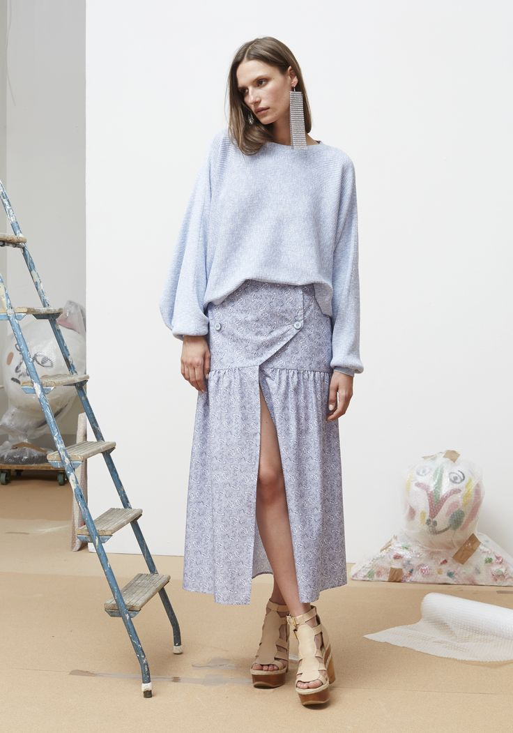 Rodebjer SS16: Top Dalia Light Blue, Skirt Eve Flower Indigo/White, Shoes Juliana Nude.