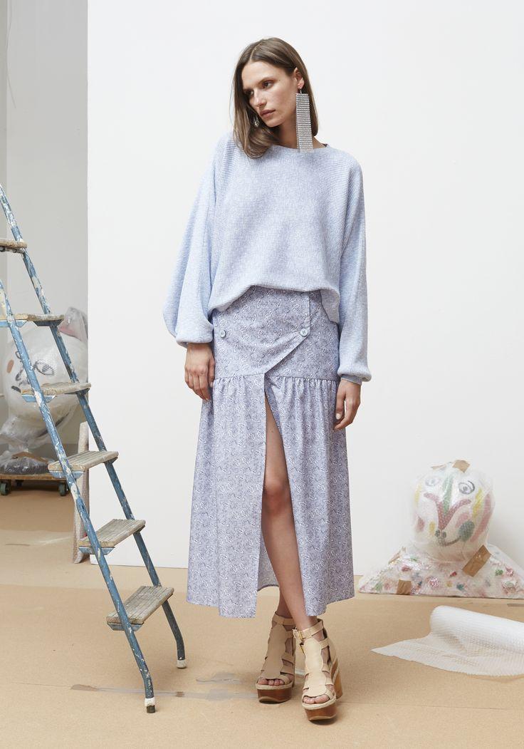 Rodebjer SS16: Top Dalia Light Blue, Skirt Eve Flower Indigo/White, Shoes Juliana Nude.