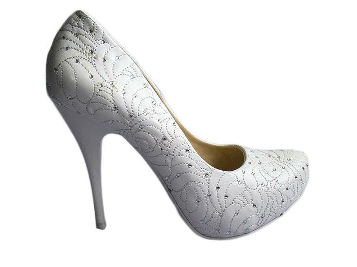 Фирменная обувь оптом от производителей