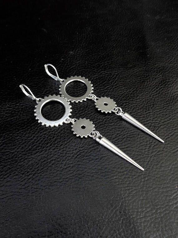 Long industrial statement earrings by LogicFreeDesign #earrings #jewellery #jewelry #handmade #etsy  #steampunk #industrialdesign #industrial