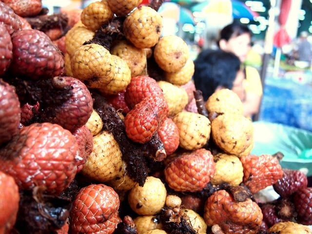RP: Asam Payak/Asam Kelubi - Sibu Central Market (SCM), a super sour jungle fruit