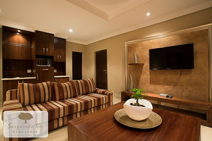 Family Lounge ~ Shepherd's Tree Game Lodge ~ www.shepherdstree.co.za