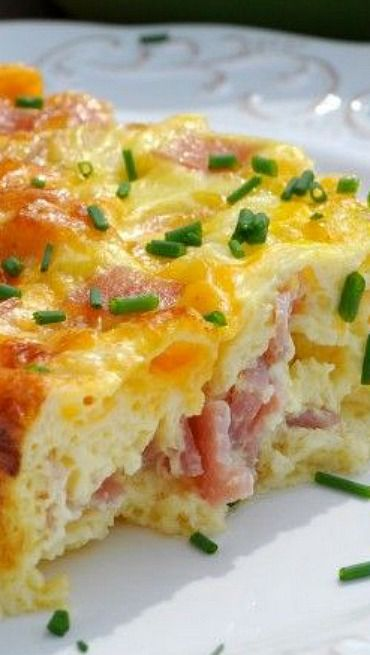 Baked Ham and Cheese Omelet EASY to make, 5 minutes of prep time!