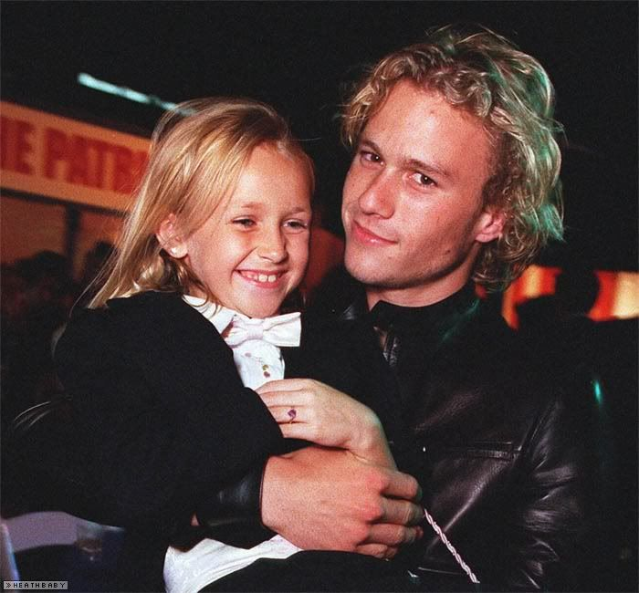 They both are dead now R.i.p Heath Ledger and Skye McCoyle Bartusiak - from the film The Patriot