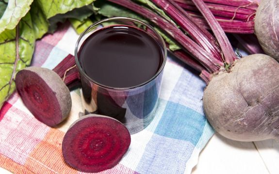 Want to boost energy levels and detox at the same time? Here are just 6 beets health benefits, though know that this root vegetable has much more to offer.