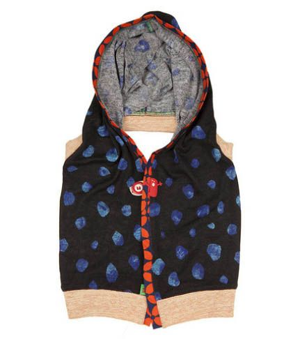 This cute little Shrug is the perfect all rounder. Perfect for Winter, Autumn and inbetween seasons. The Monloup shrug will ensure your little one stands out from the pack.