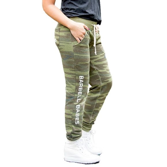 Barbell Babes Camo Fleece Joggers XS Barbell Babes Fleece Joggers in Camo. True to size. Natural piling occurs in this fabric, especially in areas of friction, like the inner thighs. PRICE FIRM but applies to bundle listings.  No trades. No holds.  Fast shipping! Barbell Babes Pants Track Pants & Joggers