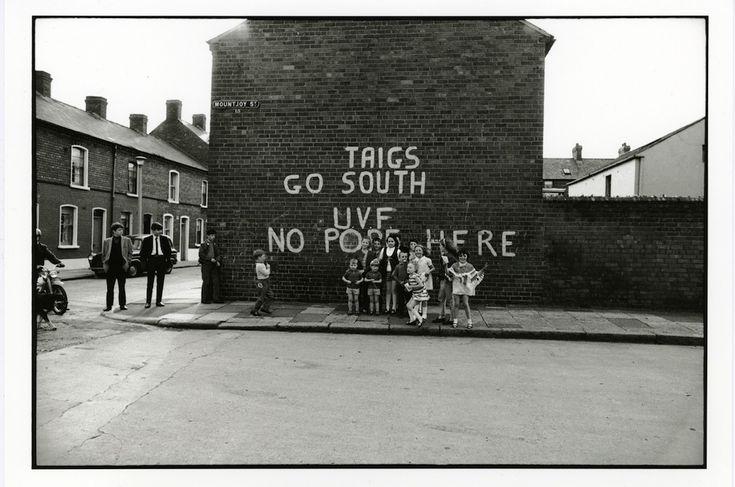 1975, Ireland (Lisetta Carmi)