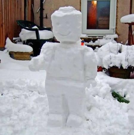Best Snowman Building Images On Pinterest Snow Sculptures - 15 hilariously creative snowmen that will take winter to the next level 7 made my day