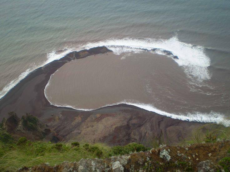 Neue Lagune nach Erdrutsch vor Corvo » news.azoren-online.com